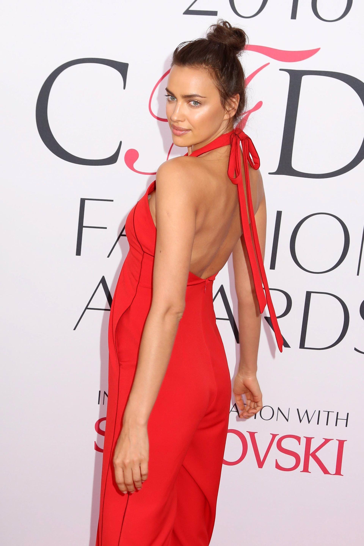 Mejor Beyoncé Irina A Por Campbell Las Shayk Pasando VestidasDe Naomi 54jLAR