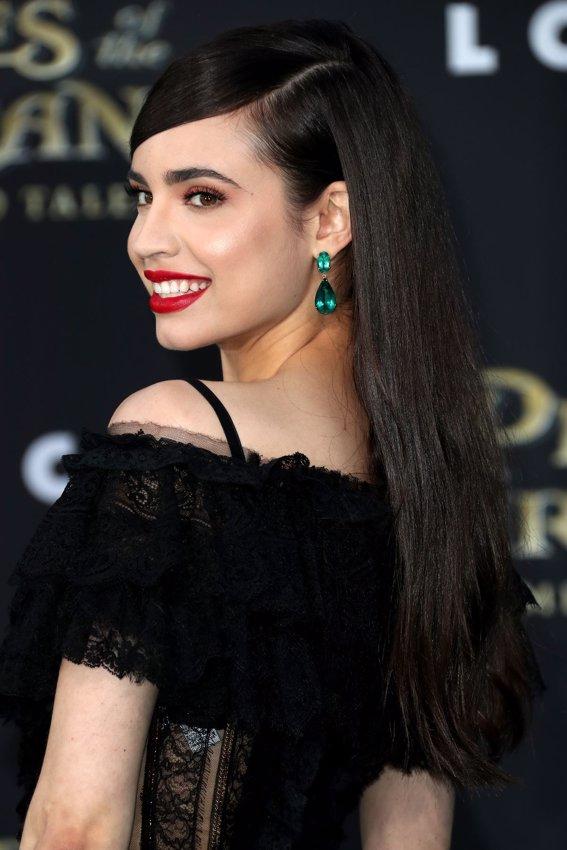 La cantante Sofia Carson en la premiere de Piratas del Caribe La Venganza de Salazar en California. Getty Images