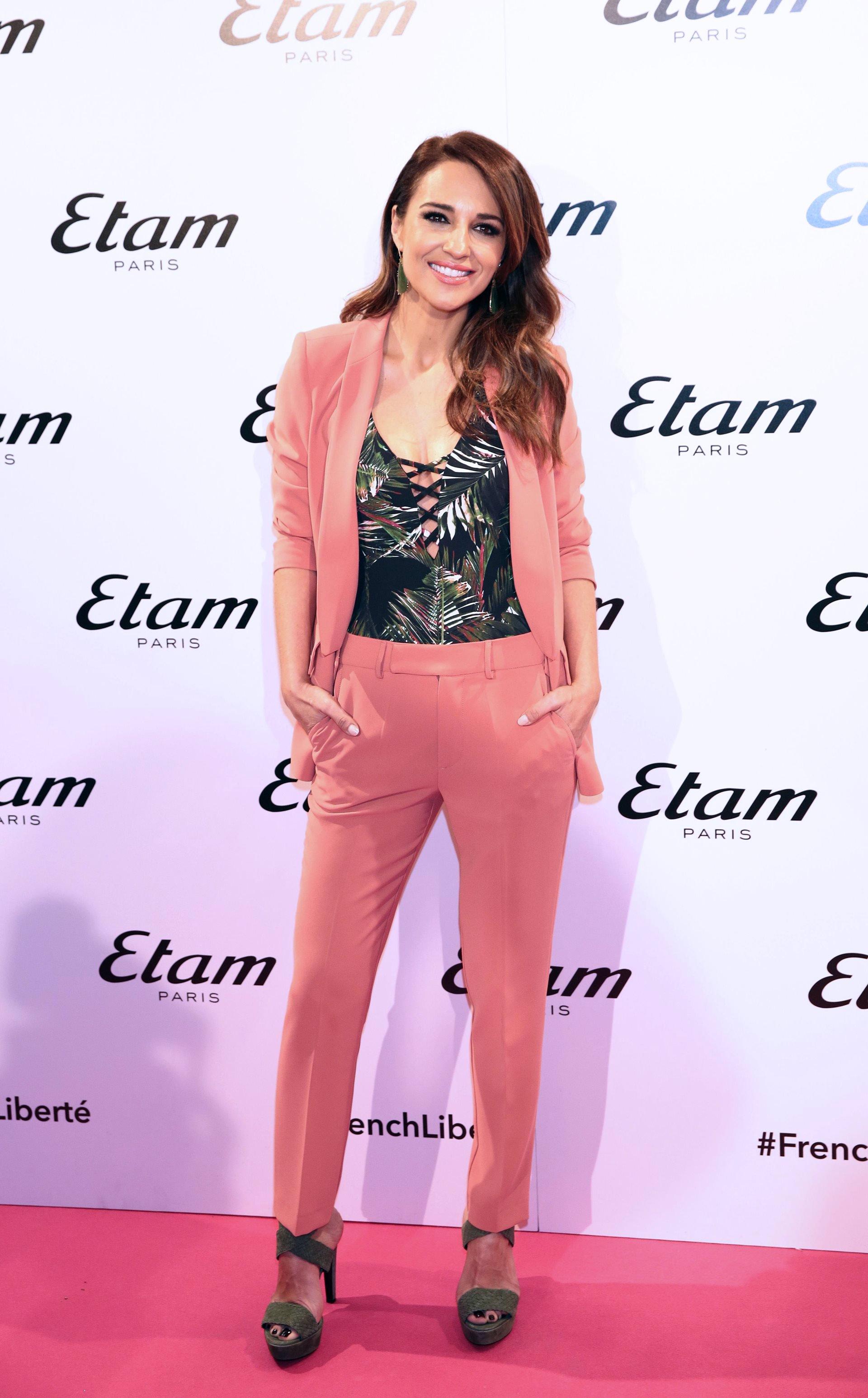 545f050fe El traje rosa de Zara que se ha hecho viral esta temporada ya lo lucen  nuestras celebrities