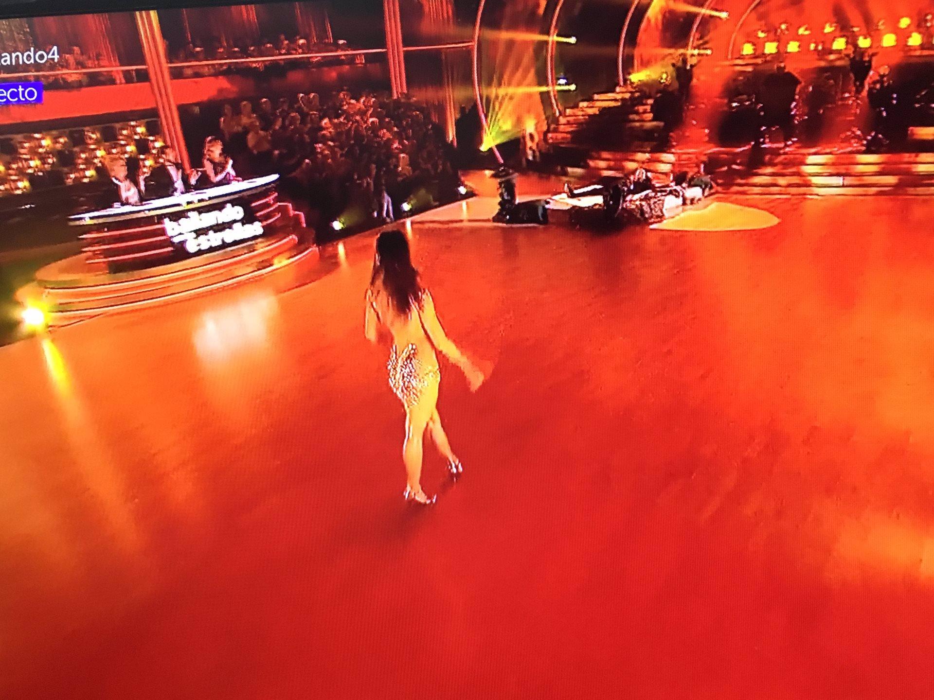 Yana Olina vestido de infarto en bailando con las estrellas
