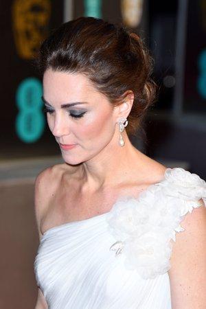 Kate Middleton en los Bafta con pendientes de Lady Di