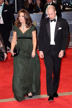 KATE MIDDLETON EN LOS PREMIOS BAFTA 2018 DE SIETE MESES DE JENNY PACHKAM
