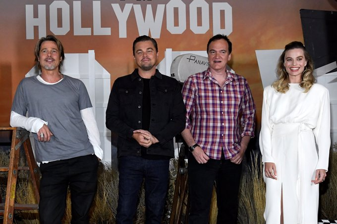 Brad Pitt, Leonardo DiCaprio, Margot Robbie y Tarantino en el photocall de 'Érase una vez en...Hollywood'