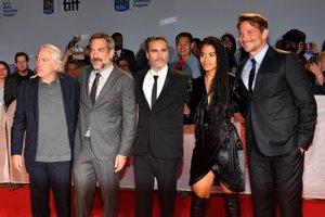 Robert De Niro, Todd Phillips, Joaquin Phoenix, Zazie Beetz y Bradley Cooper en la premiere de 'Joker' en el TIFF
