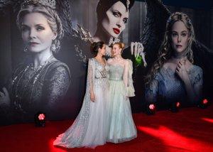 Angelina Jolie  y Elle Fanning