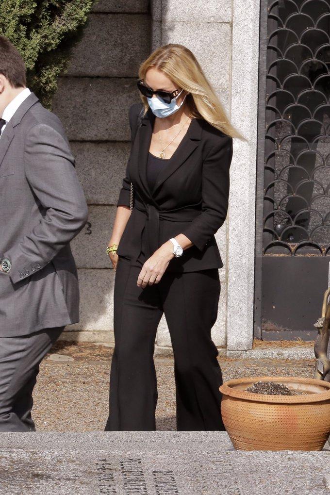 Esther Alcocer Koplowitz, tras el entierro