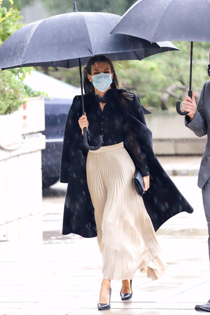 La monarca ha presidido la entrega de los Premios Nacionales de la Moda