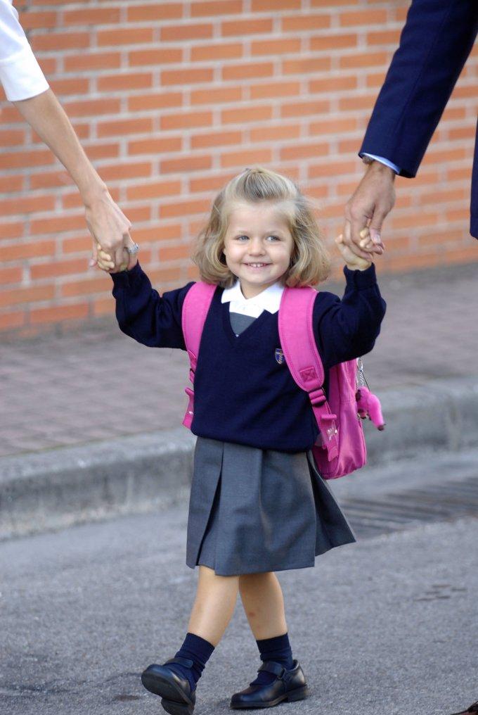 Leonor en su primer día de colegio. Septiembre 2008.