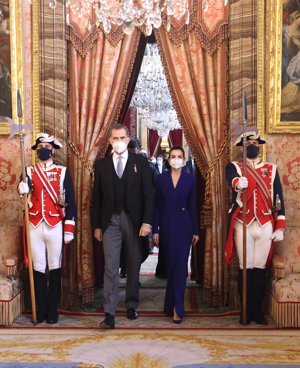 Los Reyes, a su llegada al acto en el Palacio Real