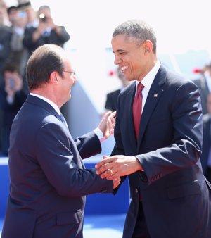 Barack Obama, muy cercano con Hollande