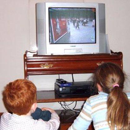 Neurólogos advierten que el 1% de los jóvenes pueden padecer crisis epilépticas por los videojuegos o la televisión
