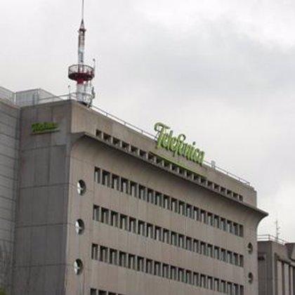 Telefónica ha presentado 143 ofertas comerciales en 2006 a la CMT, que ha frenado 4