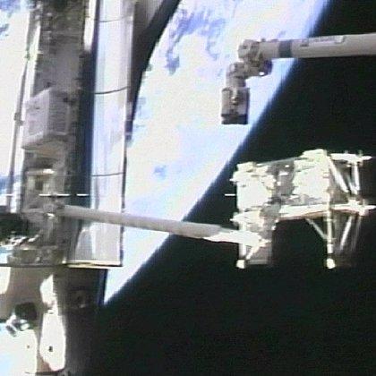 La NASA aprueba una cuarta salida espacial si los astronautas no logran arreglar el Discovery