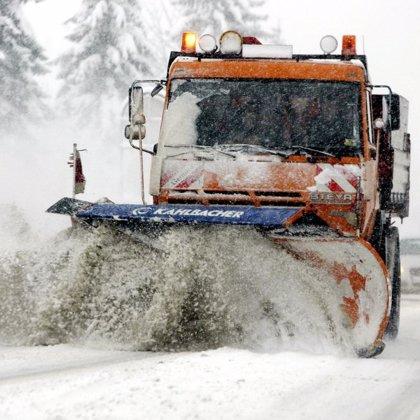Más de 15.000 niños sin clase, pueblos aislados y cortes de electricidad por las intensas nevadas