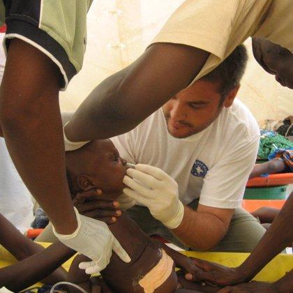 Médicos del Mundo despliega un equipo en Luanda para reducir el riesgo de transmisión del cólera