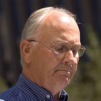 Dimite el senador republicano Larry Craig tras un escándalo sexual