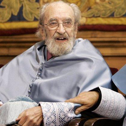 Fallece el poeta asturiano Ángel González