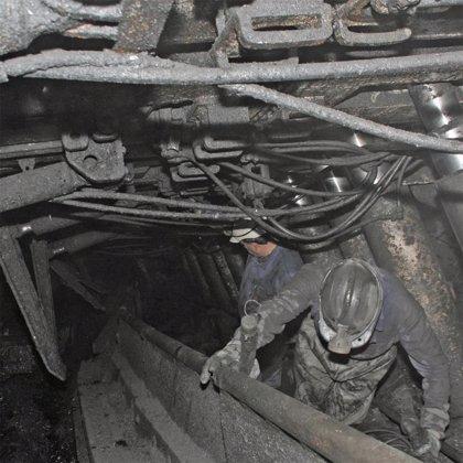 Los mineros de La Camocha mantienen las movilizaciones pese a la propuesta del Principado de Asturias
