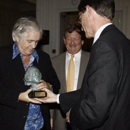 """Calatrava y Henning Mankell reciben el premio Reina Cristina de Suecia por ser """"creadores atrevidos con su tiempo"""""""
