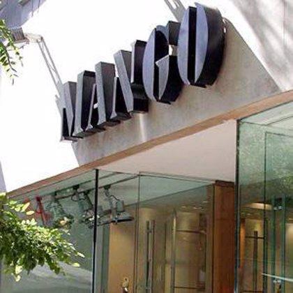 Mango pone a la venta su primera colección de moda de hombre desde 1996