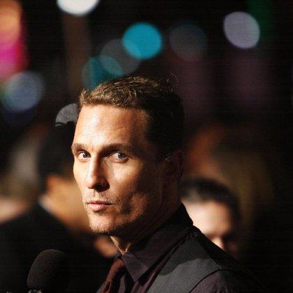 Mathew McConaughey, sustituto de Tom Selleck en el remake de 'Magnum'