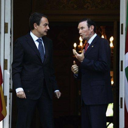 Concluye la reunión entre Zapatero e Ibarretxe