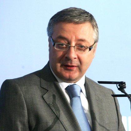 """Blanco afirma que la continuidad de Rajoy es lo mejor para el PSOE y que ahora está """"probando su propia medicina"""""""