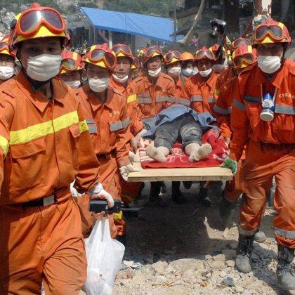 Las víctimas del terremoto en China se elevan a 60.000