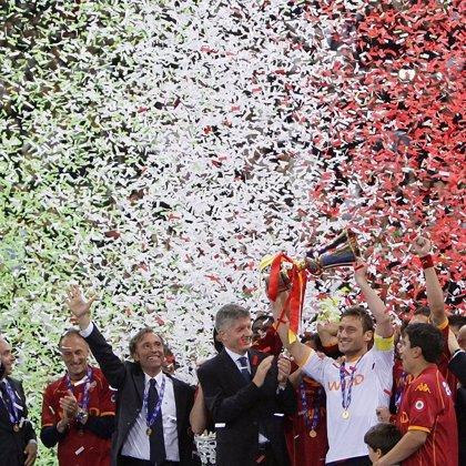 El Roma revalida su título de Copa y evita el 'doblete' interista