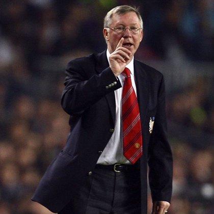 """Ferguson incluye entre sus deberes para la directiva """"ver como Cristiano Ronaldo permanece en el Manchester"""""""