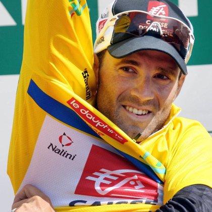 Valverde alcanza el liderato de la Dauphine tras exhibirse en la cronoescalada de la tercera etapa
