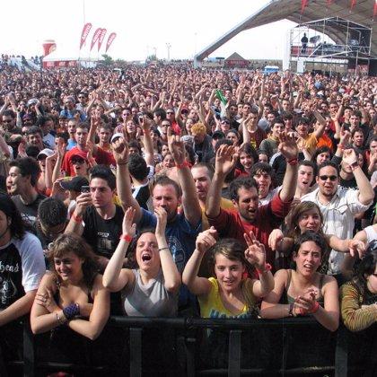 """Barcelona alberga """"De marxa 2008"""", concierto de rock gratuito sin bebidas alcohólicas"""