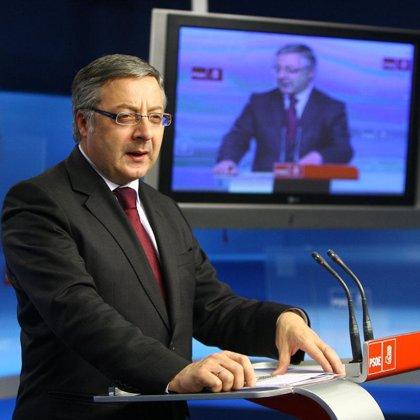 """Blanco pide a Rajoy que """"ordene a Camps"""" parar la moción de censura de Dénia"""
