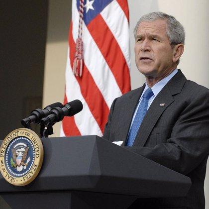 """Bush ordena preparar sanciones unilaterales contra el gobierno """"ilegítimo"""" de Zimbabue"""