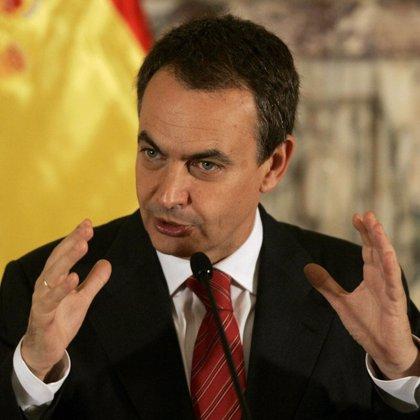"""Zapatero insiste en que """"no va a haber diálogo"""" con ETA"""