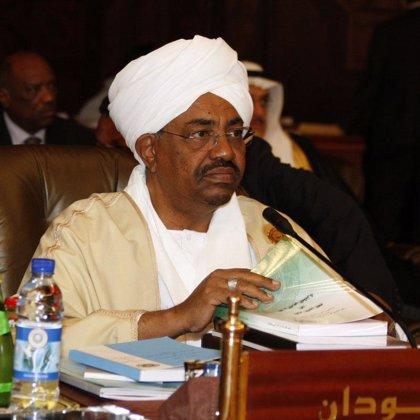 Al Bashir podría escapar de la acusación por crímenes de guerra