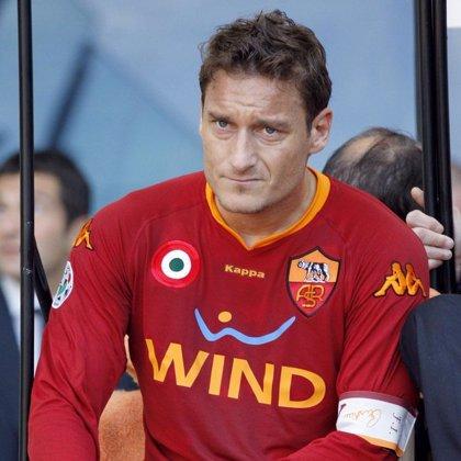 Totti no descarta su regreso a la selección italiana tras la vuelta al banquillo de Marcello Lippi