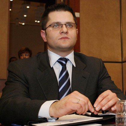 Serbia dice que el arresto de Karadzic demuestra la determinación de acercarse a la UE