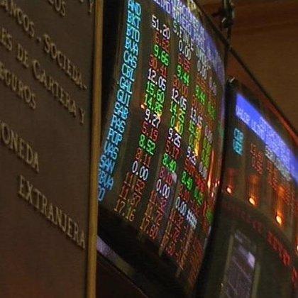 El Ibex 35 baja un 0,43% y pierde por los pelos los 12.000, a pesar de la bajada del crudo y del euro