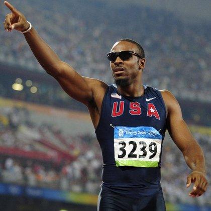 El estadounidense Angelo Taylor recupera el cetro en los 400 metros vallas