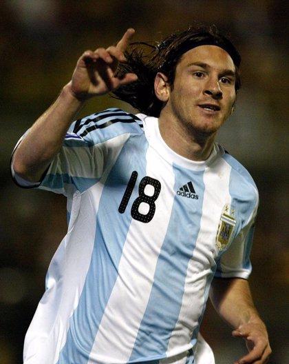 Messi, tras ganar el oro, agradece al Barcelona que le dejara ir a los Juegos de Pekín