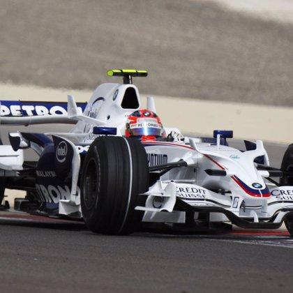 Kubica (BMW Sauber) lidera la tercera sesión de libres con Alonso (Renault), decimotercero
