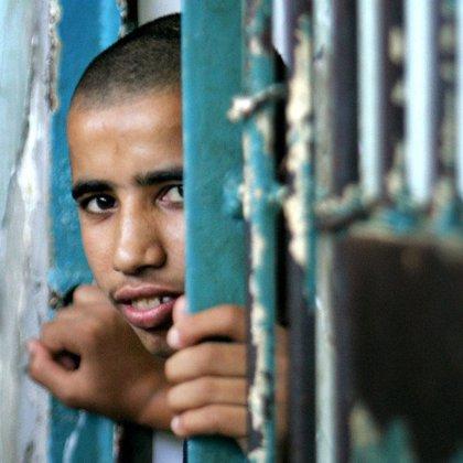 Israel pondrá hoy en libertad a 199 presos palestinos