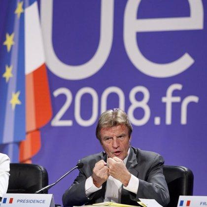 Kouchner dice que los 27 apoyan una investigación internacional y reforzar la presencia europea en Georgia