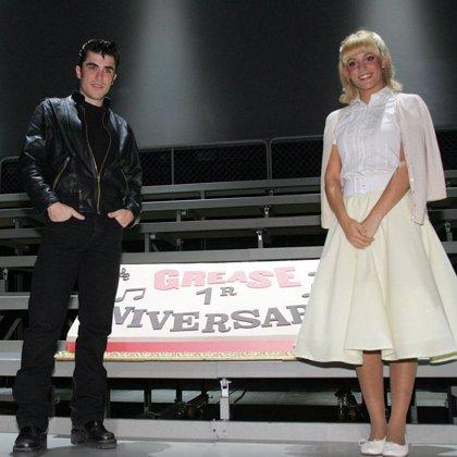 La versión española del musical 'Grease' llega mañana a Madrid sin traicionar el recuerdo de la famosa película