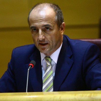 Sebastián anuncia que el precio del gas bajará en enero y que el litro de gasolina podría bajar del euro