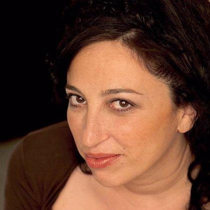 """Eugenia Rico propone una """"contraposición con el realismo castellano"""" en su nueva obra, 'Aunque seamos malditas'"""