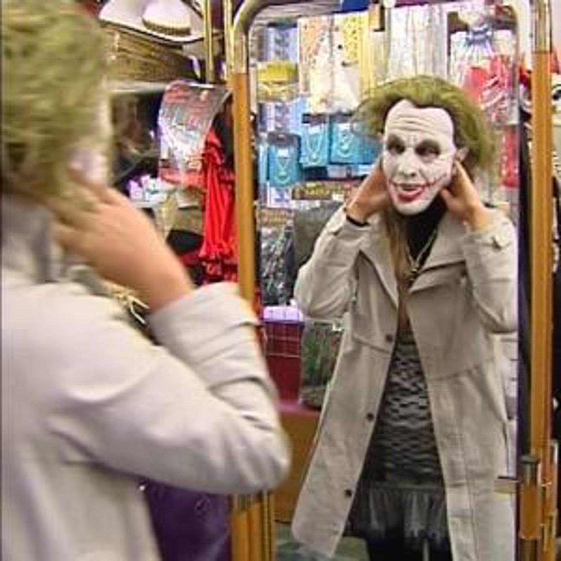 La crisis hace que Halloween se celebre con menos disfraces más económicos 379e825bf1c6