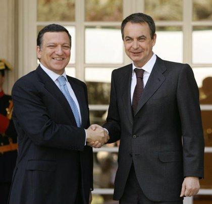 Zapatero recibe hoy a Barroso en La Moncloa para preparar las próximas cumbres financieras