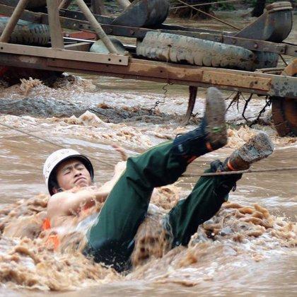 Al menos 22 muertos y 45 desaparecidos en los corrimientos de tierra del sudoeste de China